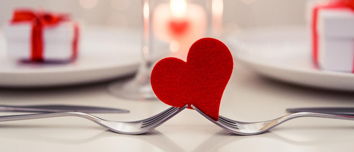 Ρομαντικό δείπνο Αγίου Βαλεντίνου για δύο